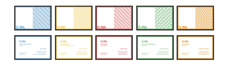 Blaue, gelbe, rote, grüne und orangefarbene Visitenkarten mit halbseitigem Muster auf einer Seite für die Stadt Gera